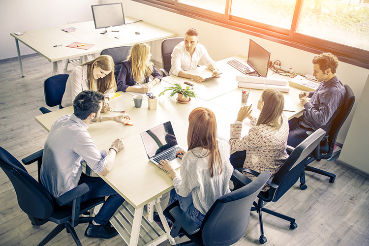 Unternehmensgründungen – Wir fördern junge Unternehmen - Bericht an die Gesellschaft 2015 |  Naspa 2015